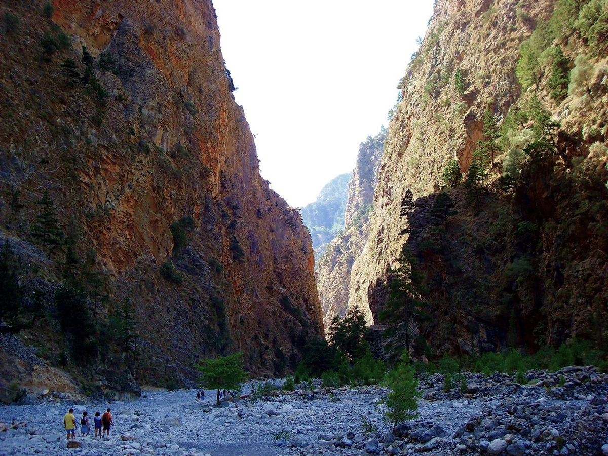samaria gorge villas lefkothea in rethymno crete. Black Bedroom Furniture Sets. Home Design Ideas